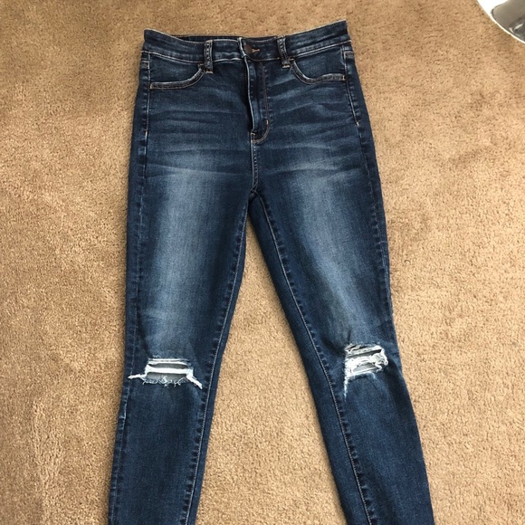 9afa7c5f42b26 American Eagle Outfitters Denim - EUC American Eagle Next Level Jegging  Size 8